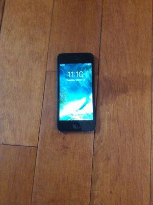 iPhone 5 32 GB (Unlocked GSM) for Sale in Nashville, TN