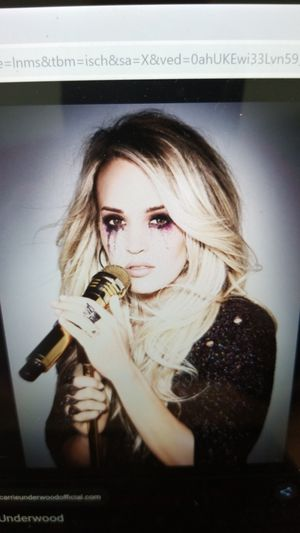 2 Carrie Underwood Tickets for Sale in Richmond, KY