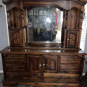 Antique Dresser/Hutch for Sale in Corona, CA
