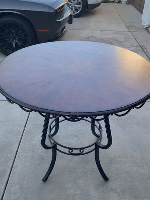 Beautiful wooden kitchen table for Sale in Fontana, CA