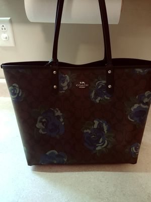 Authentic coach purse tote size for Sale in Braddock, PA