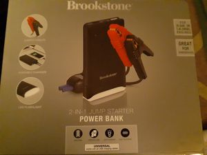 Brookstone 2-in-1 jump starter POWER BANK for Sale in Aurora, CO