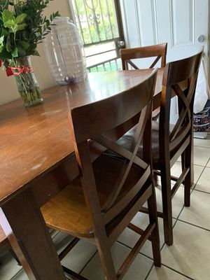 Dinning room Table for Sale in Santa Ana, CA
