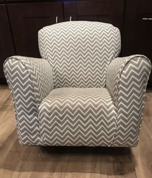 Kids Rocking Chair. Grey & white chevron design for Sale in Los Angeles, CA