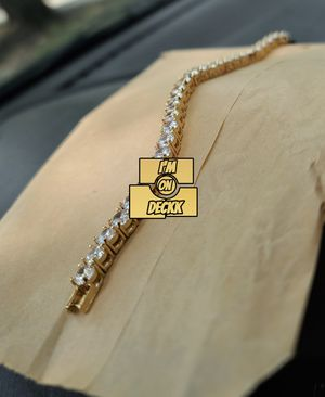 🚨🚨🚨 14k Gold plated Iced out Tennis bracelet 🚨🚨🚨 I Deliver for Sale in Miami, FL