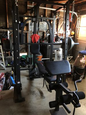 Weider Pro cage home workout gym for Sale in Hayward, CA