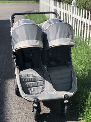 Baby jogger city mini GT double stroller for Sale in NO POTOMAC, MD