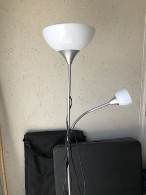 Floor Lamp with 2 lights (1 bulb included) for Sale in Windsor Hills, CA