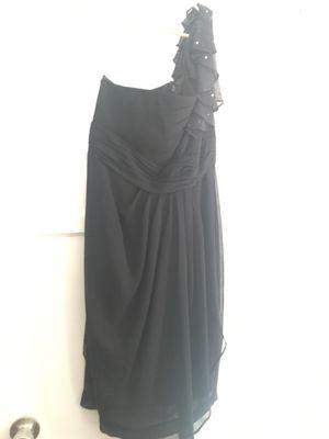 Black off-the-shoulder evening dress size 6 for Sale in Pico Rivera, CA