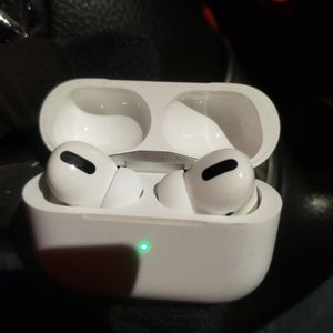 Airpod Pro for Sale in Kent, WA