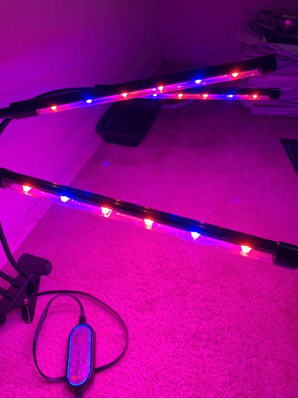 Kit Self watering Seedling Starter Grow Tray, 3 Heat Mats & Grow Lights
