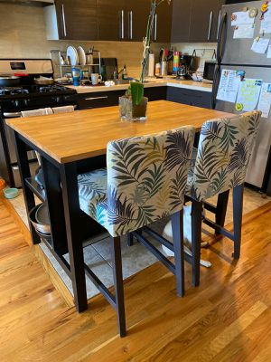 Dining table for Sale in Queens, NY