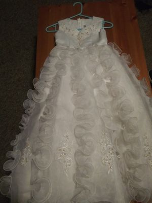 White fancy Dress (girls) for Sale in Salinas, CA