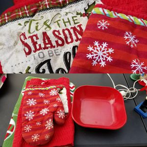 Christmas Kitchen Items Red and Green for Sale in Pomona, CA