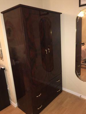 Wardrobe Closet for Sale in Casselberry, FL