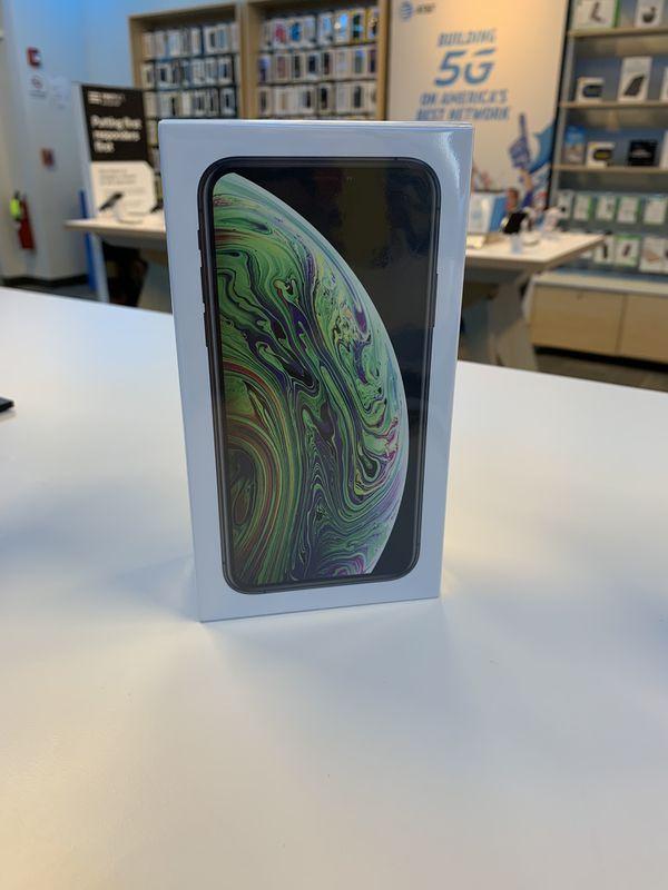Free iPhone XS 64gb : AT&T