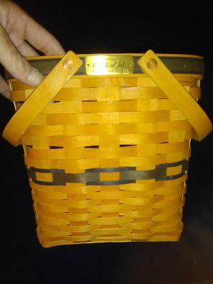 1999 Collectors Club Membership Longaberger Basket for Sale in Tempe, AZ