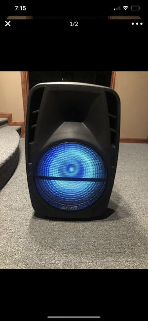 Big Bluetooth speaker CHEAP for Sale in Clinton Township, MI