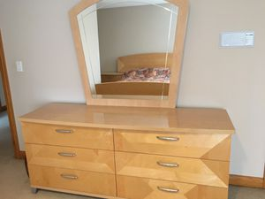Bedroom set for Sale in South Barrington, IL
