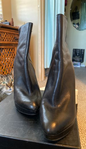 Michael Kors leather boots for Sale in Oxnard, CA