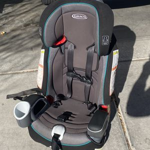 Graco Nautilus 65 Harness Booster Car Seat In VGC Cleaned for Sale in Las Vegas, NV