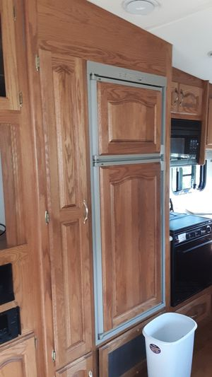 1998 holiday rambler imperial custom 5th wheel camper. for Sale in Bloomsburg, PA