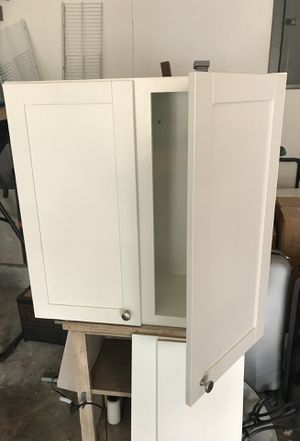 Kitchen cabinet for Sale in Hollywood, FL