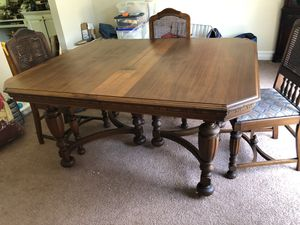 Antique Mahogany Table, 4 Chairs & Glass Top for Sale in Powell, OH
