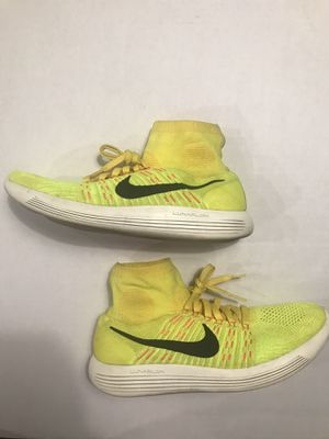 Nike Mens LunarEpic Flyknit Running Training Shoes Yellow Strike Sz 12 - $60 for Sale in Tolleson, AZ