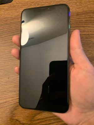 Iphone xs max black - 64gb - unlocked - like new for Sale in San Jose, CA