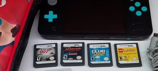 Nintendo 2DS, Comes with 5 Games, Case And Charger for Sale in San Gabriel,  CA