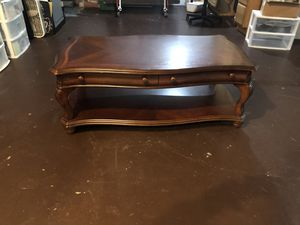 COFFEE TABLE for Sale in BRUSHY FORK, WV