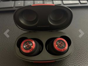 100 AirLinks Wireless Earbuds for Sale in Brooklyn, NY