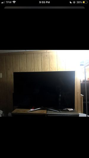 60 inch Samsung Flat Screen Tv NEGOTIABLE for Sale in Waterbury, CT