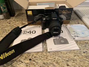 Nikon d40 digital slr camera for Sale in Riverview, FL