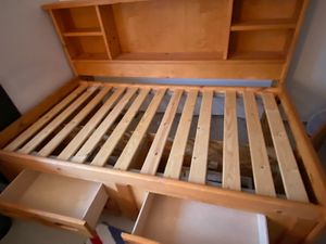Sturdy, space saving twin bed w/ storage for Sale in Duvall, WA