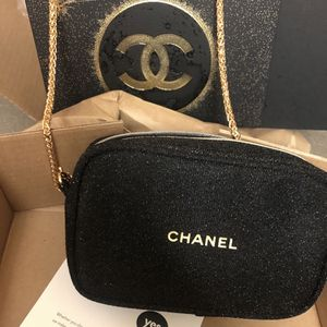 Chanel Camera Bag Crossbody for Sale in Rancho Cucamonga, CA