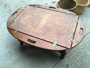 Coffee table for Sale in Leo-Cedarville, IN