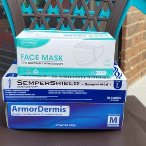 Face Masks And Nitrile Disposable Gloves for Sale in Hampton, GA