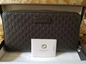 Dark Brown gucci wallet (authentic leather and tags) for Sale in Lawrenceville, GA