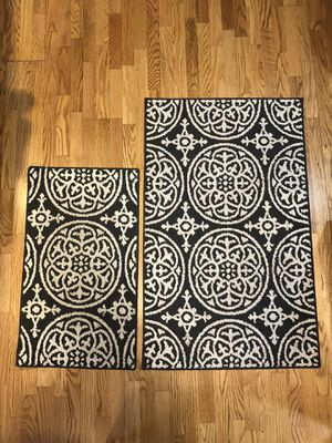 Small accent rugs for Sale in Seattle, WA