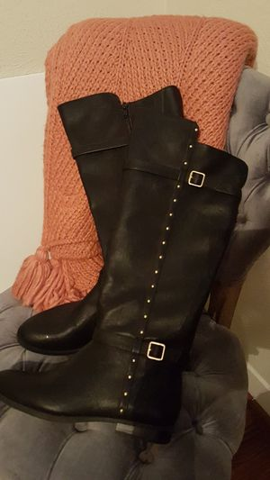Black boots new, size 7 for Sale in Pasadena, TX