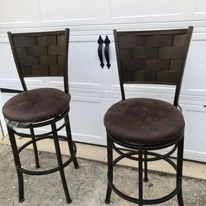 2 Stools for Sale in Roswell, GA