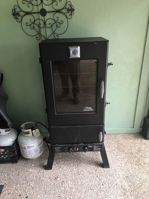 Masterbuilt Elite 40 propane smoker for Sale in Carthage, MO