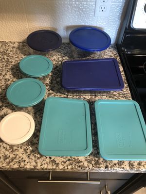 Pyrex Container Full Set w/ Lids for Sale in Richardson, TX