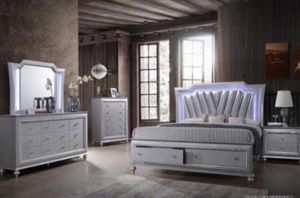Queen BEDROOM SET WITH STORAGE. FEATURING LED LIGHTS. $50 Down financing available. for Sale in Hialeah, FL