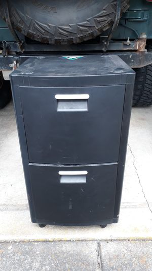 Plastic 2 drawer rolling storage unit: need to pick up by Friday! for Sale in Vancouver, WA
