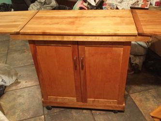 Bar Table for Sale in Modesto,  CA