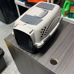 Cat Carrier for Sale in Tarpon Springs, FL