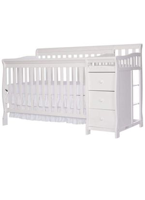 Baby Crib / Taddler Bed w/Changing table & Drawer Storage for Sale in Alexandria, VA